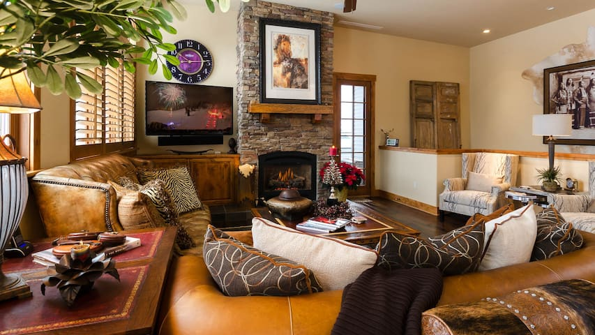 5th St Penthouse : Luxury in Downtown Steamboat! - Steamboat Springs