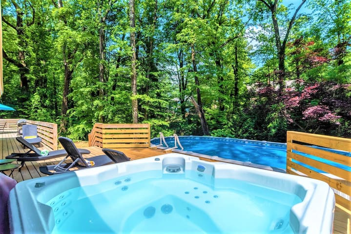 *SUMMER SALE_Duke3_6 bdrm  *Pool,HotTub&Foosball*