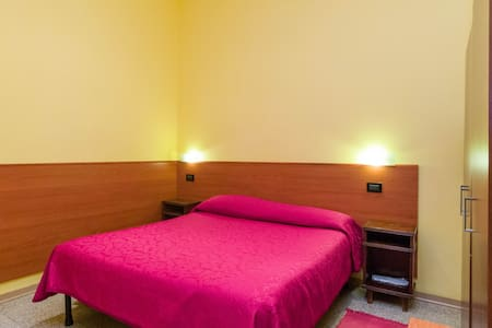 hotel best price-family hotel - Genoa