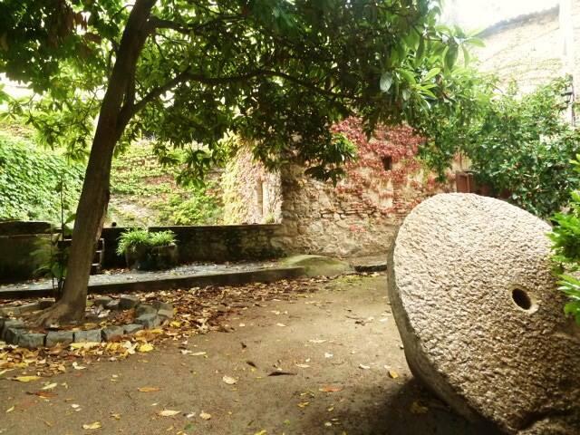 Casa rural sXVIII con gran jardin