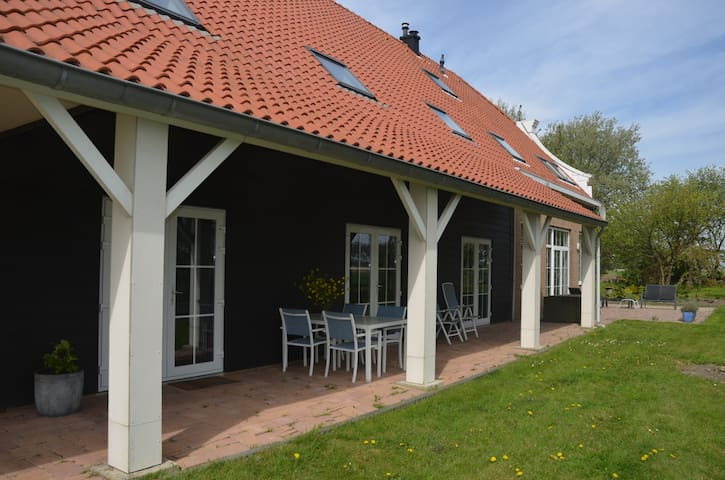 Apartment in farmhouse - Herkingen - Casa