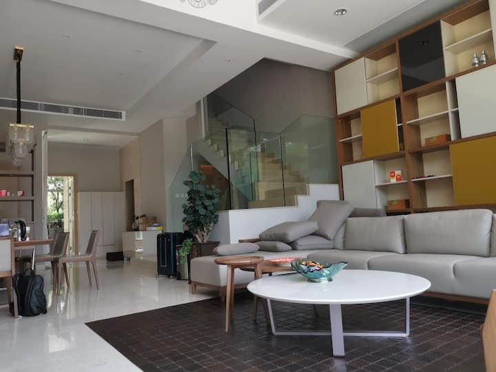 香港元朗五房别墅出租