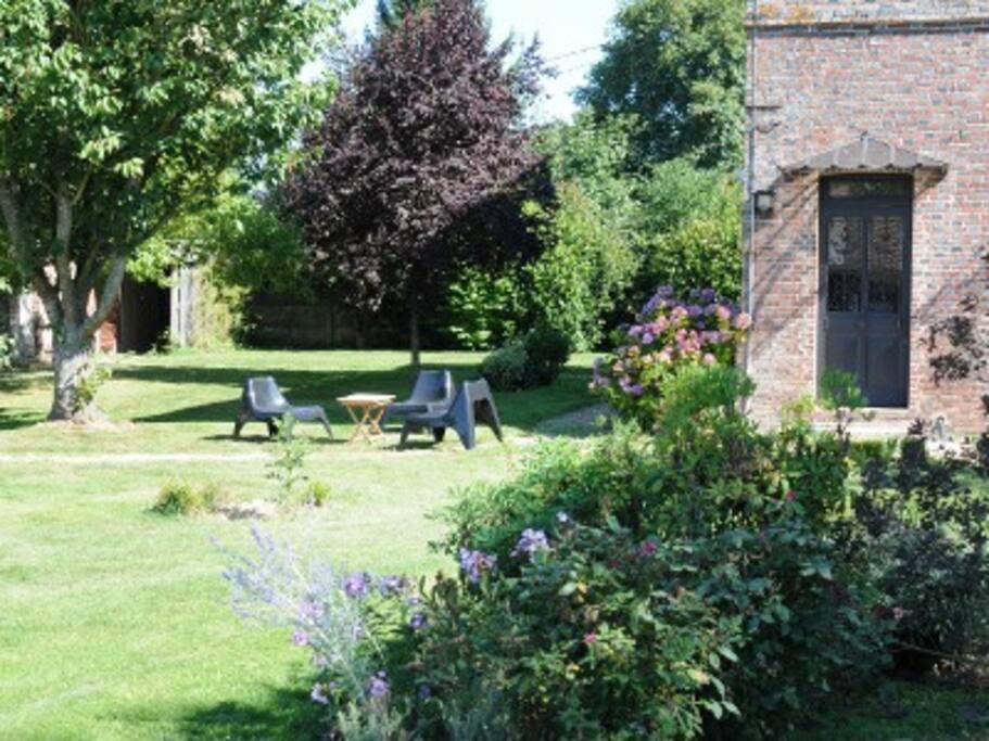 demeure de charme cdb avec piscine houses for rent in vitot upper normandy france. Black Bedroom Furniture Sets. Home Design Ideas