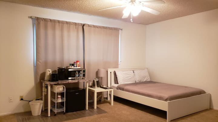 Private Room & Bath in Rental Home near ASU & PHX