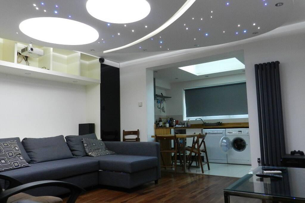 Spacious Lounge and open plan kitchen