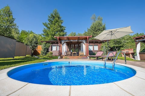 Holiday Home Arcadia with pool, hot tub and sauna
