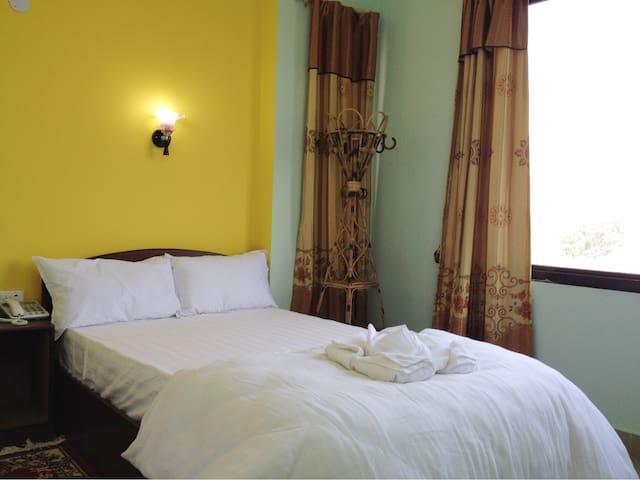Hotel Lumbini International - Lumbini Development Trust - Penzion (B&B)