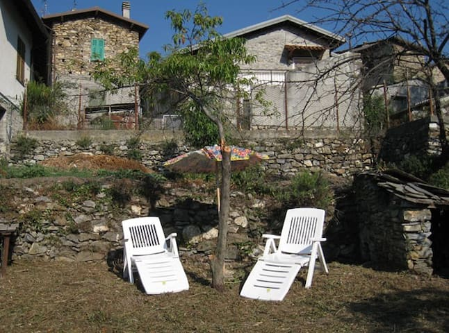 Full-comfort house in a village - Molini di Triora - Rumah