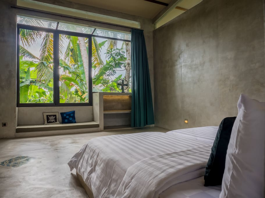 Gunung-An has been built with quiet sensitivity towards the surrounding environment and shares it's rice terrace views with a nearby waterfall. We have 9 rooms plus 1 junior suite available.