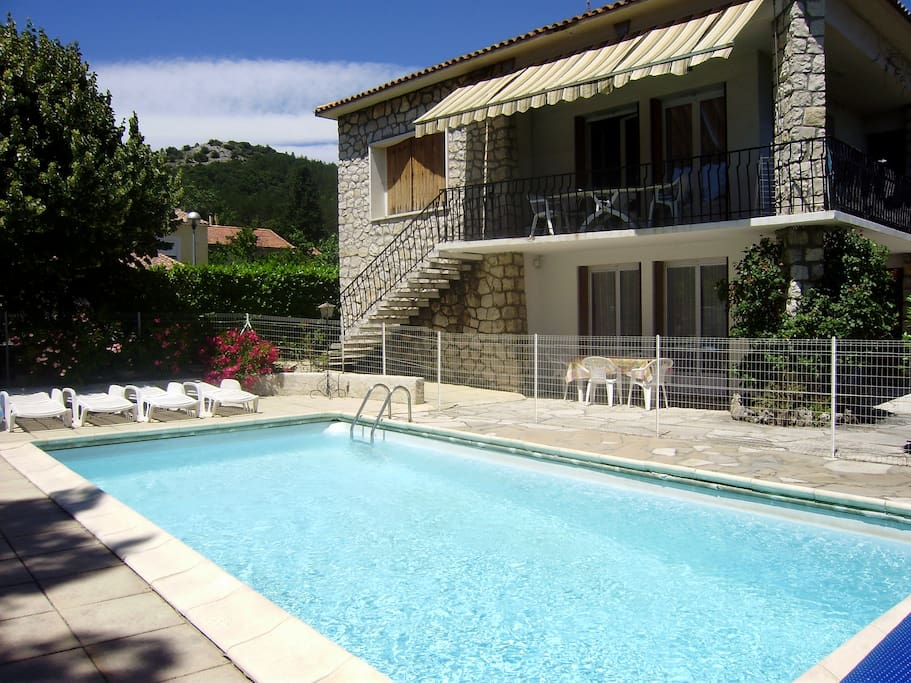 villa les chenes 6 pers piscine apartments for rent in