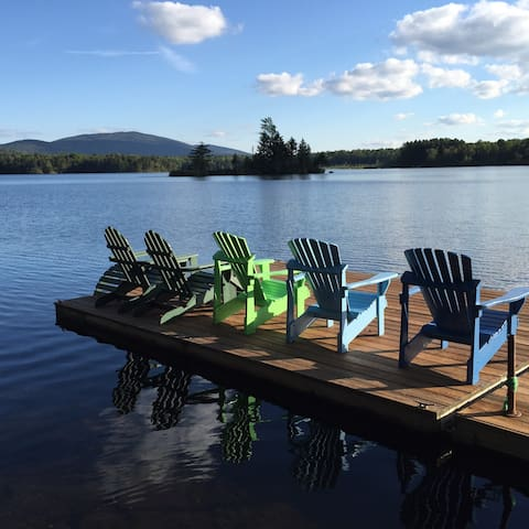 Family-Friendly Lakefront Paradise in Southern VT - Mount Holly - บ้าน