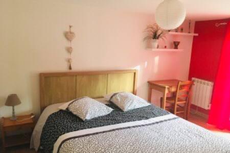Chambre au calme à Chemillé.
