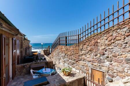 Appartamento in tonnara sulla spiaggia - Gonnesa
