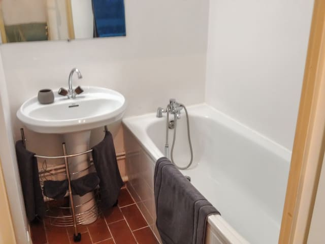 Cosy studio flat with swimming pool - Vence - Appartement