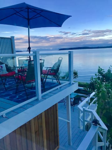 Beach Chalet   Transcend to Vancouver island