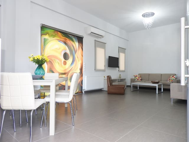Theania Apartment - Violi Charaki - Daire