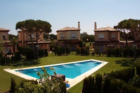 Beautiful Villa in best location - El Novo Santi Petri, Chiclana de la Frontera