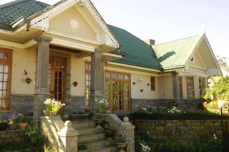 ROSELYNN MANOR Room B - Nuwara Eliya - Villa