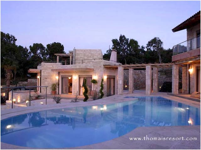 2 Villas with a pool and seaview - Heraklion - Villa