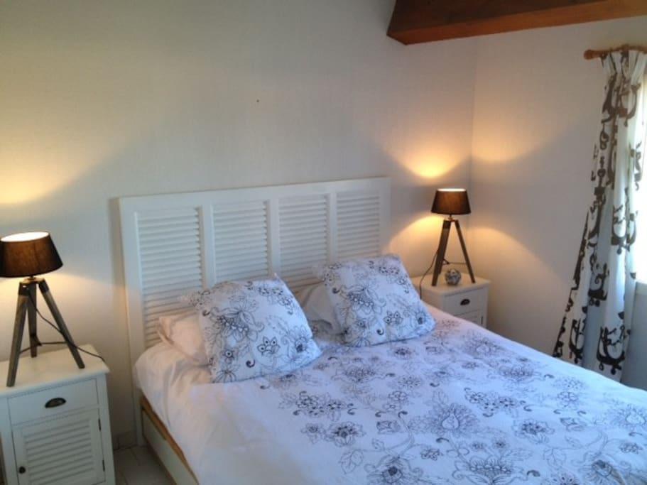 Chambre coté jardin, lit double 160X200