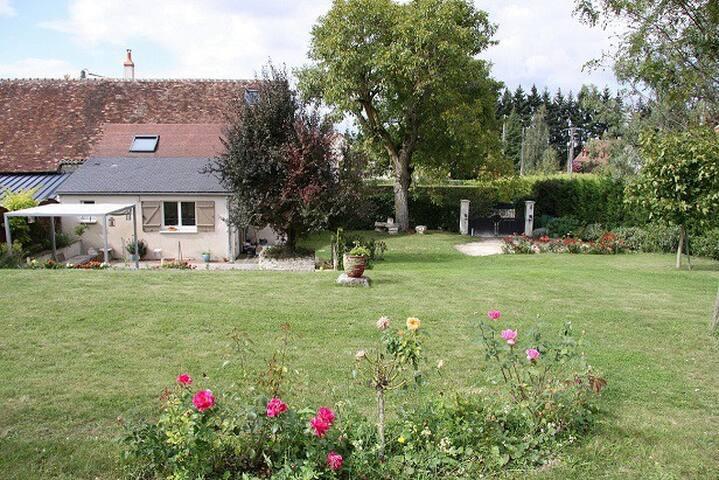 Gite au coeur de la Touraine - Civray-de-Touraine - วิลล่า