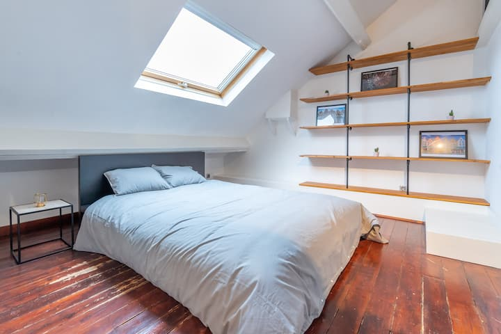 BRAND NEW apartment in the center of Brussels