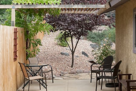 Cozy & Private home near Zion National Park