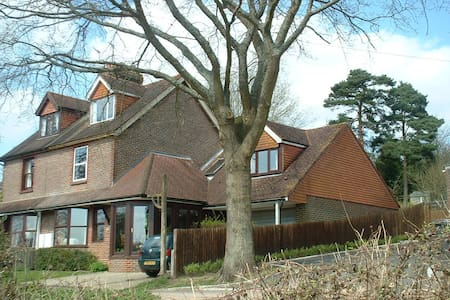 Quiet rural home 1 hour from London - Rotherfield, Crowborough