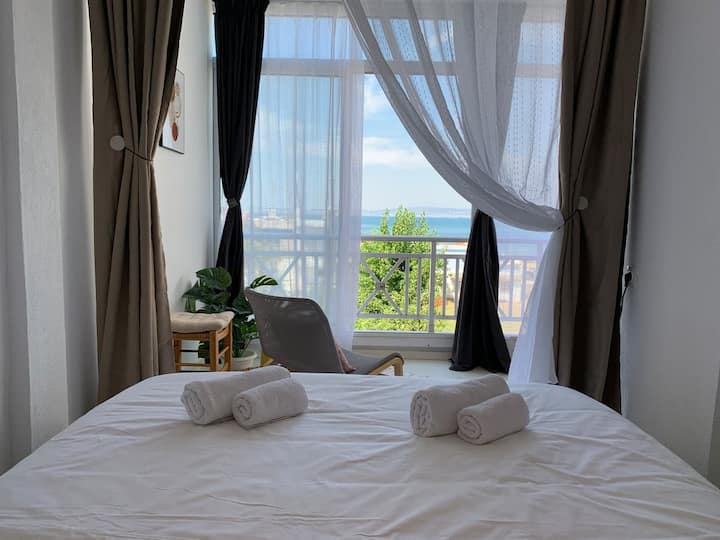 Peraia SeaView Apartment