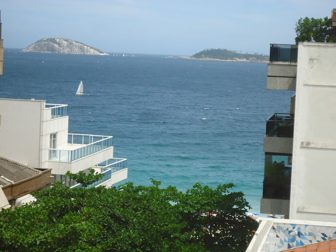 Front terrace view