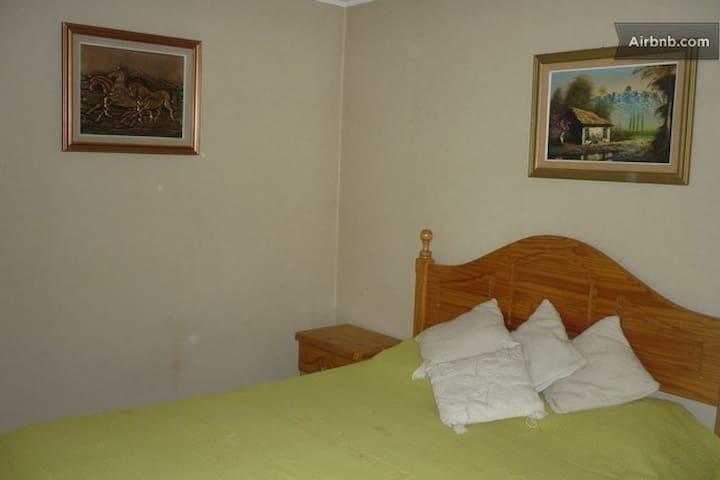 Habitación en Casa Condominio - Peñaflor - Casa