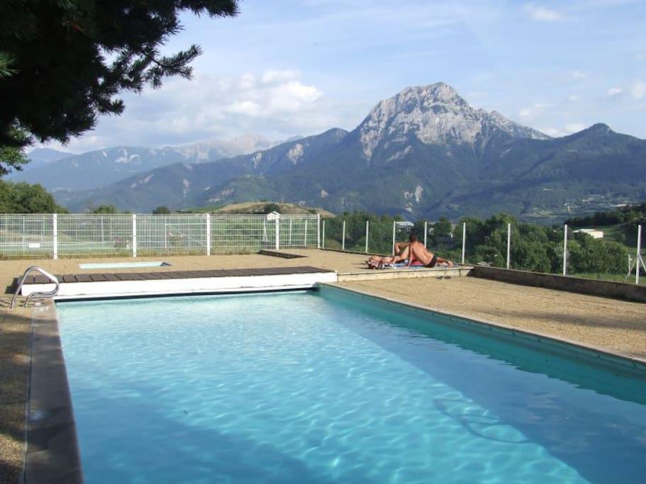 La piscine de la copro (de mi-juin à mi-septembre)