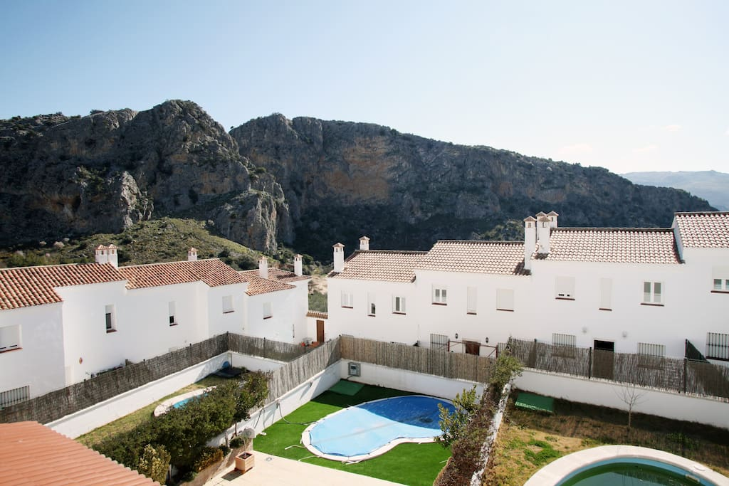 Magnifica casa con piscina privada casas en alquiler en for Alquiler de casas con piscina privada