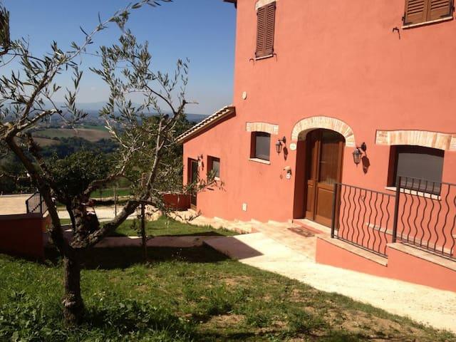 Appartamento di design - Calvi dell'Umbria - Apartment