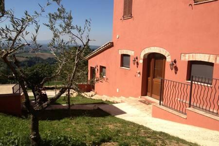 Appartamento di design - Calvi dell'Umbria - Pis