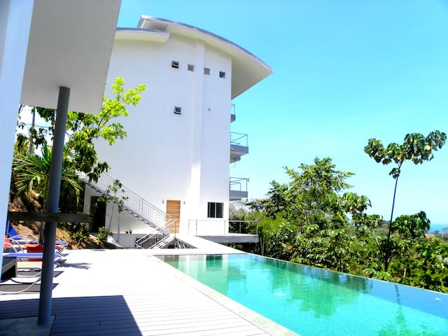 The Toucan 2 - 4 pers. Ocean view - Manuel Antonio - Apartamento