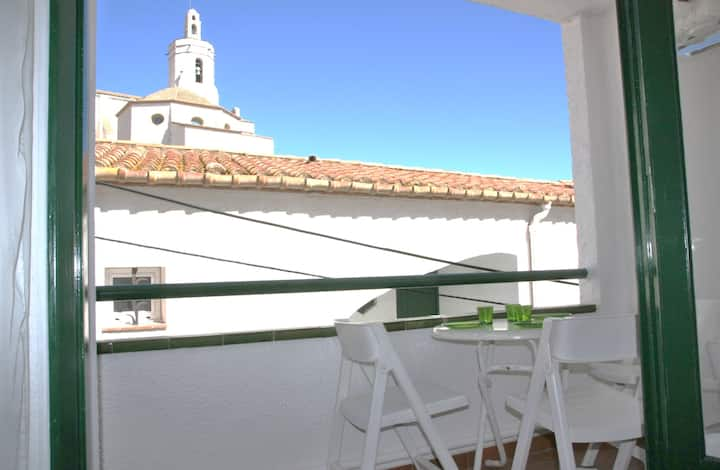 CHARMING APARTMENT AT 1 MINUTE FROM THE BEACH
