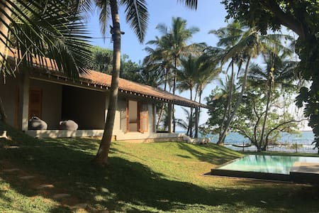 Secluded beachside house with pool and seaview