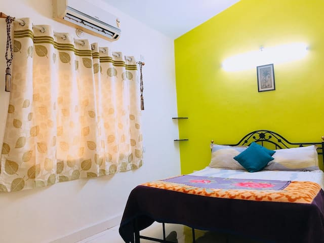 Comfy 1 BHK with Pool for 6 with Pool Calangute