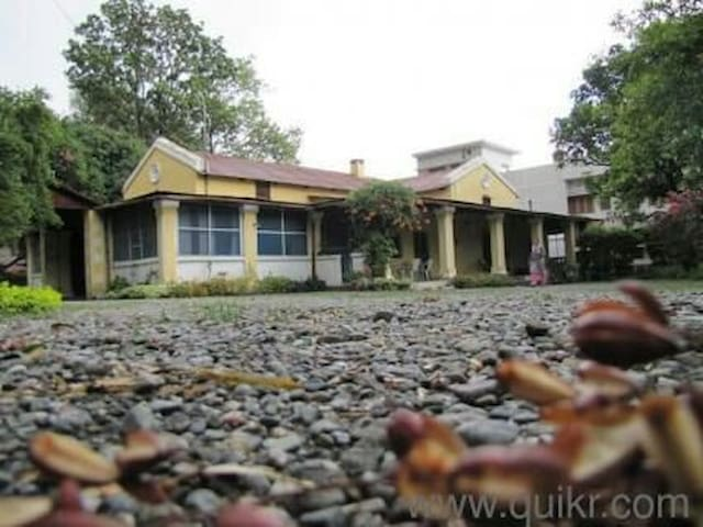 Old British House - Dehradun - Vila