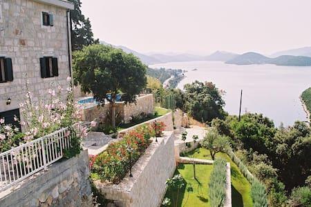 Luxury stone Villa near Dubrovnik - Duboka - วิลล่า