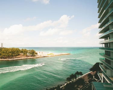 Luxury Ritz Carlton Studio - Bal Harbour