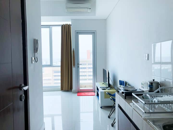 Studio Room Apartment at Central Jakarta (Salemba)