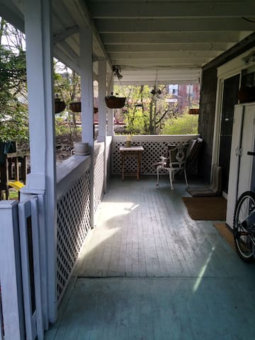 3 bedroom historic home on river! - Mamaroneck - Hus