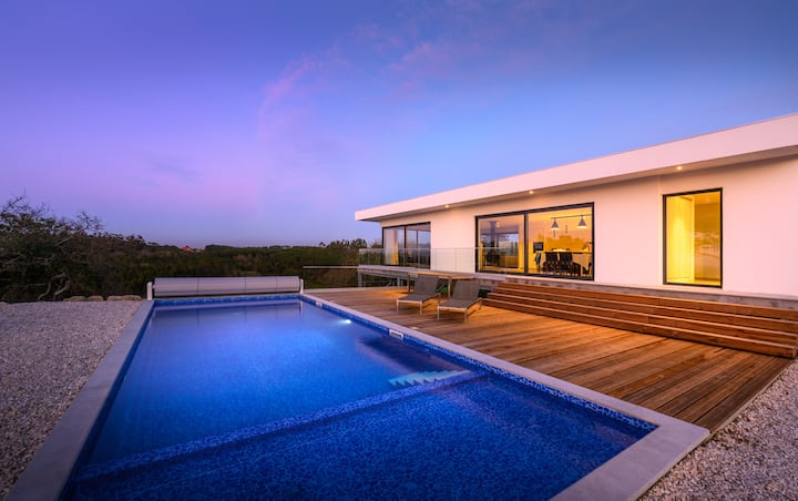 Calmo, vista fantástica, piscina maravilhosa