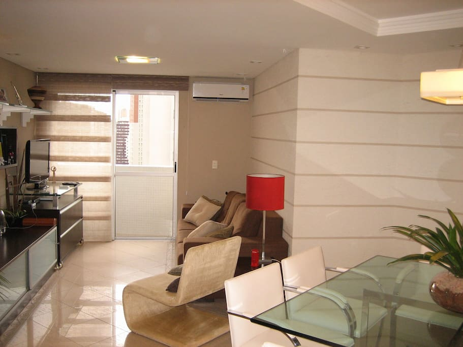 Living room/  Sala de TV