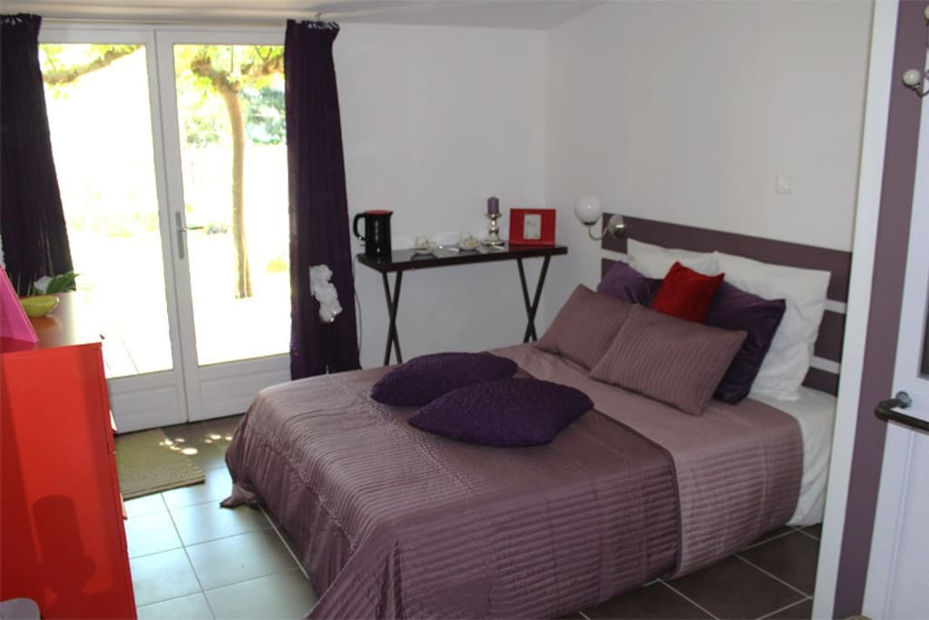 Chambre d 39 h te pour un couple bed breakfasts for rent for Chambre d hote lacanau