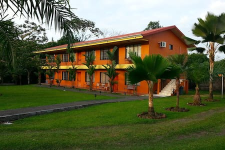 2 Bedroom Condo w/AC (1-6 people) - La Fortuna - Apartment