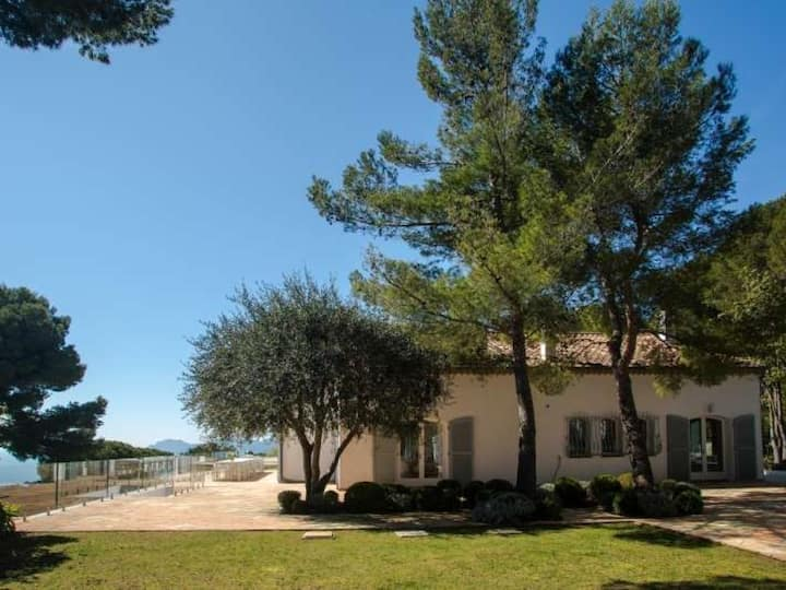 Beautiful villa Le Cannet : maison avec vue