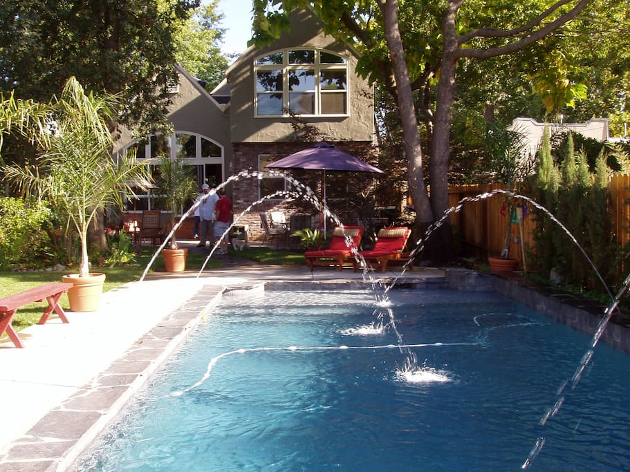 Backyard pool-view facing the rear of home.